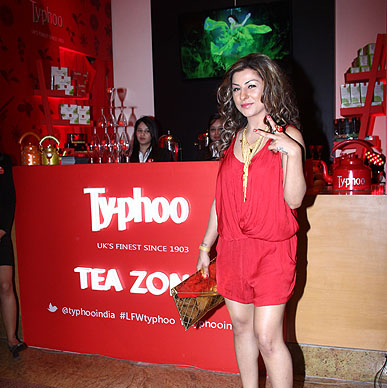 Hard Kaur and ..we love the red! so totally our colour!